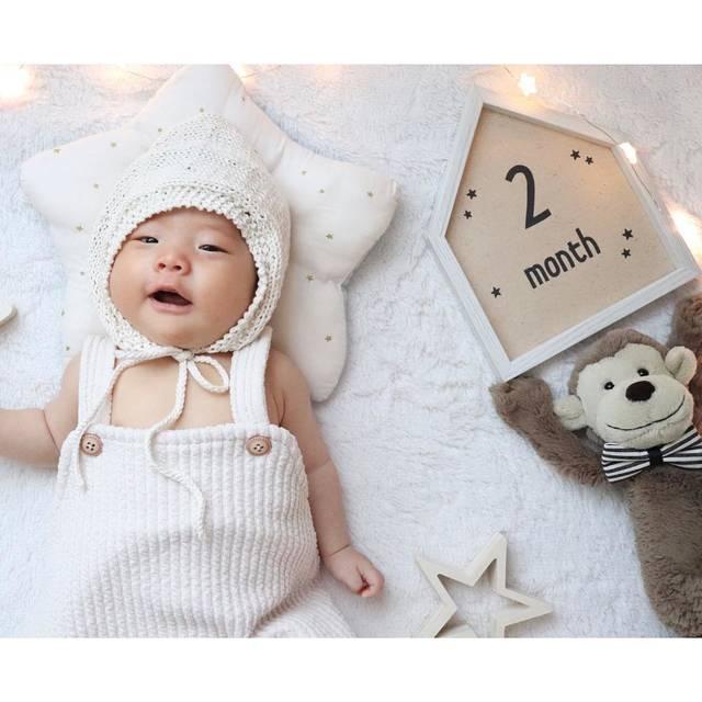 """@gakustagram___ on Instagram: """"✽ฺ ・ 生後2ヶ月のがくさんは ・ ☑︎よく寝る ☑︎よく飲む ☑︎よくむせる ☑︎目でしっかり追いかける ☑︎手足バタバタ ☑︎ハンドリーガードはまだ ☑︎よく笑う ☑︎声が大きくなった ☑︎ご機嫌だと「あー」「うー」とお話もする ☑︎ウンチは溜めてから出せるように!…"""" (116880)"""