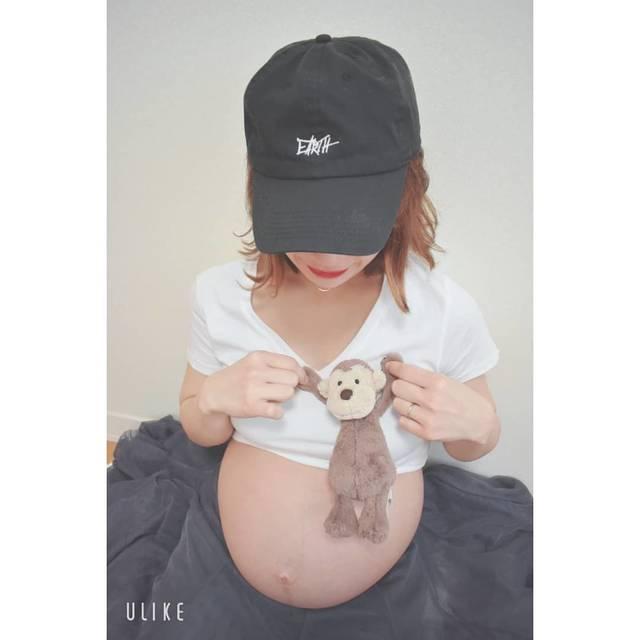 """tanaka_yuri on Instagram: """"・ ・ 相方ちゃんがとってくれた👀📷 #マタニティ  あれこれ꙳★*゚ お人形さん編……✍︎ ・ 思ったように なかなか撮れないもんだね、 お気に入りのプーさんなんて ただただ怖い😂😂😂笑 ・ ・ ・ #妊娠後期#マタニティフォトセルフ#マタニティフォト…"""" (116903)"""