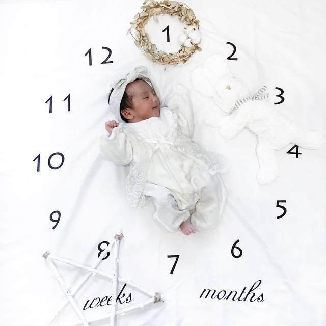 """KatyKaty on Instagram: """"2018/12/24 ⋆ ⋆ ⋆ ⋆ babyさん産まれて 1週間たちました❤️ ⋆ ⋆ ⋆ あっという間の1週間!!! 横のうさぎちゃんがすぐに小さく見えるんやろな❤️ ⋆ 新生児って毎日顔変わるし 時間によっても顔がちがう 一瞬一瞬忘れないようにしないと♡ ⋆ #記録用…"""" (119156)"""