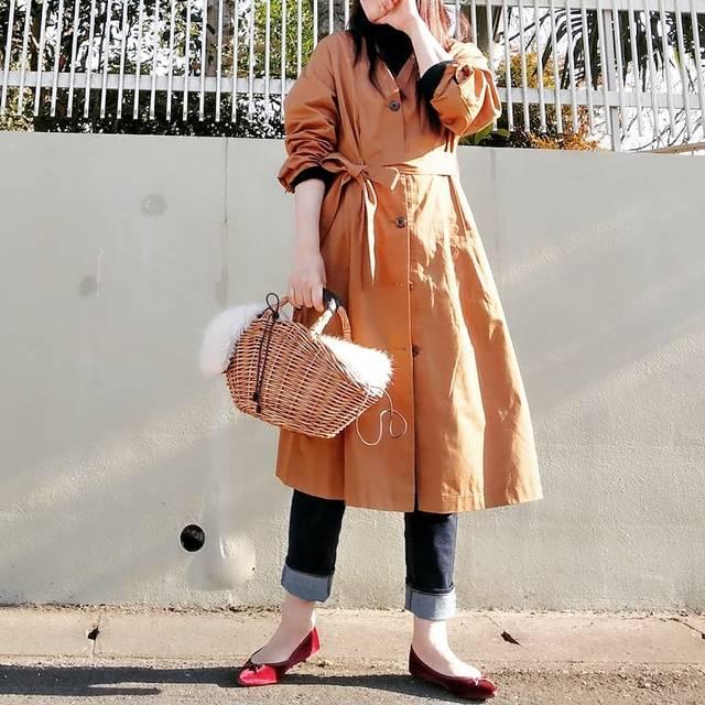 """桜 舞 on Instagram: """"いつかのコーデ😊 ワンピースにもなるGUコートお気に入り💕  #fashion #codinate #outfit #ootd #gu_for_all #フロントボタンノーカラーコート #ポインテッドバレエシューズ #かごバッグコーデ #大人カジュアルコーデ #プチプラコーデ…"""" (121097)"""