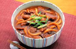 レトルトカレーでつくるカレーうどん   レシピ   ハウス食品 (134542)