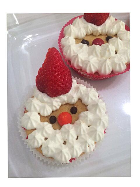 クリスマスに☆サンタさんのカップケーキ by manacocos 【クックパッド】 簡単おいしいみんなのレシピが344万品 (135631)