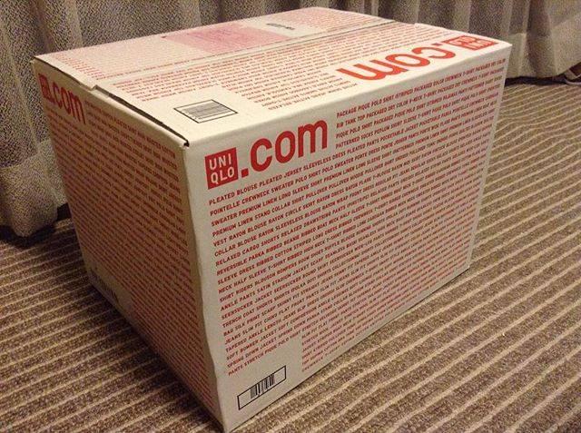"""さー on Instagram: """"ユニクロの箱が、なんかオシャレになってる…(°_°) #ユニクロ #ユニクロオンラインストア #久しぶりのユニクロ #ユニクロ通販 #箱がオシャレ"""" (85452)"""