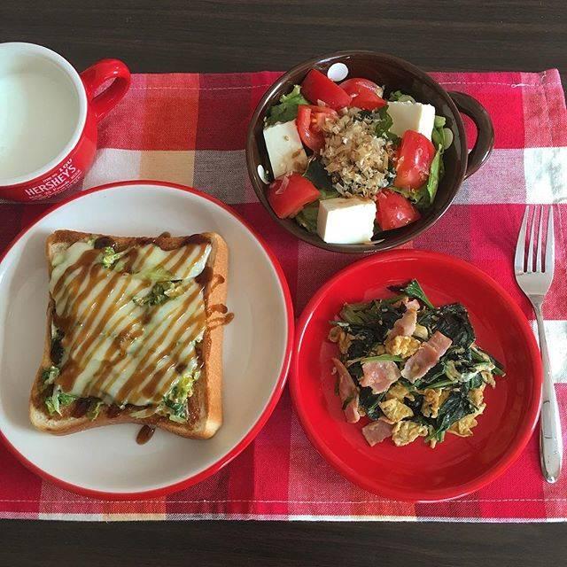 """Fukushima Saya on Instagram: """"(( #todayslunch )) ・ #お好み焼きトースト ・ほうれん草マヨたま炒め ・ #お豆腐 とトマトの #サラダ . 前にTwitterで見て一回やりたかった お好み焼き風のトースト🍞🍴 ベリうまですわ〜〜👐💞 今日もまったり午後過ごす〜🌼 #lunchtime…"""" (86808)"""