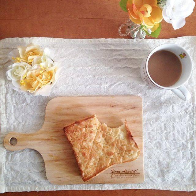 """🐻ぷー🍯 on Instagram: """"2017.01.28*. ・ 食べかけすみません。 初めてのメロンパントースト!! 簡単なのに本当にメロンパン〜〜♡メロンパン大好きなのでこれからもやろうと思います♪…"""" (86810)"""