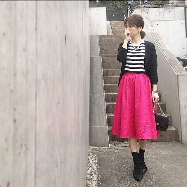 """Yukari on Instagram: """"2017.4.18 ・ ・ 学級閉鎖中の次男と1日ダラダラ過ごしてしまった本日。。 ・ ・ 昼寝後にパチリ📸 #おかげでスカートしわしわ ・ ・ 昼寝って なんて気持ちいいの〜😍 病みつきになりそう🤣 昼寝用に部屋着買おうかな🤔 ・ ・…"""" (88217)"""