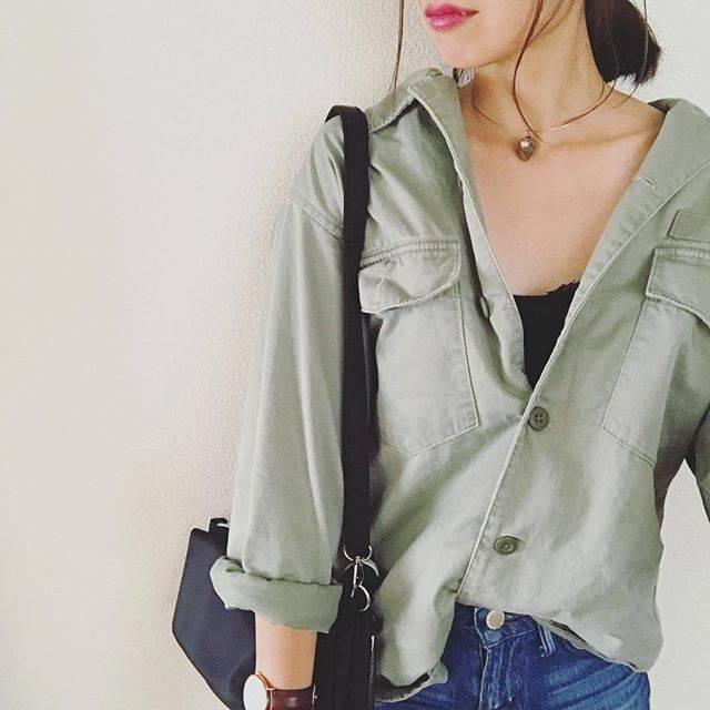 """mai* on Instagram: """"**9月20日** #今日のコーデ  寒かったり暑かったり意味わからん∑(´д`) 今日は涼しかったー! 久々のミリジャケ♡ そしてguオンラインで買った服たちが今日届いたのであとでpostします(*´꒳`*)♡ . #instafashion #ootd…"""" (89258)"""