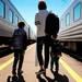 電車内のマナーやルールどうやって教える?子どもに身につけてほしい乗車マナーのポイントと注意点 - 子育てママのライフスタイル情報!マタイク
