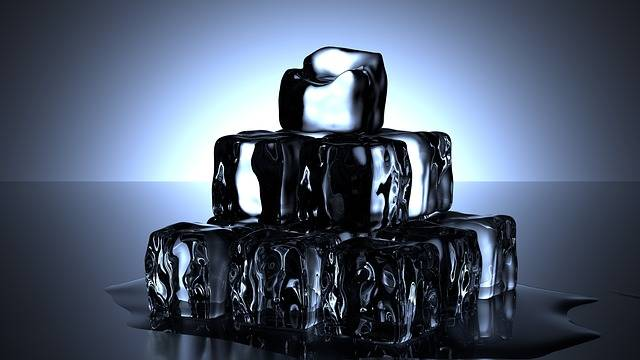 Free illustration: Ice Cubes, Cold, Water, Melt, Drink - Free Image on Pixabay - 1224804 (18394)