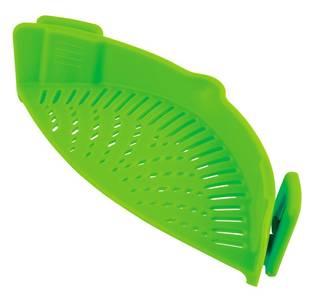 ザルいらずで簡単お手軽水切り鍋のフチにクリップで取り付...