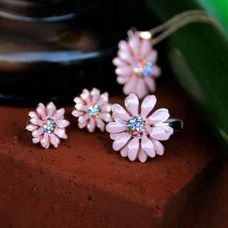 Amazon | IUHA デイジー花のモチーフリング オーストリア産クリスタル (86599)