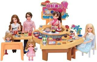 Amazon.co.jp: リカちゃん くるくる回転寿司: おもちゃ (136051)