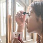 《夏の必需品!》女性の味方!化粧崩れ防止スプレーおすすめ5選♡
