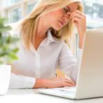 【その頭痛は目の疲れが原因!?】疲れを解消目のエクササイズ方法をご紹介♡