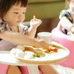 《子供が好き嫌いが多い...》自閉症は偏食になりやすい?その改善方法はあるの?