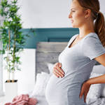 《気になる...》妊娠初期に起こる「お腹のハリ」の原因はこれだった!