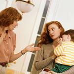 《関係が変わった...》産後の義母との付き合い方は〇〇でストレス軽減!