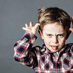 【ワガママな子供に育つ...】親のダメな共通点とは?