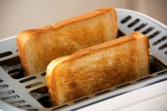 Free photo: Toast, Toaster, Food, White Bread - Free Image on Pixabay - 1077984 (1672)