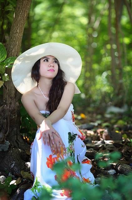 Free photo: Girl, Think, Woman, Female, Fashion - Free Image on Pixabay - 1721412 (4073)