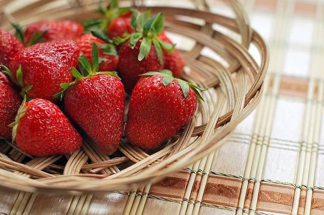 Free photo: Strawberry, Berry, Red, Bowl - Free Image on Pixabay - 1180048 (4979)