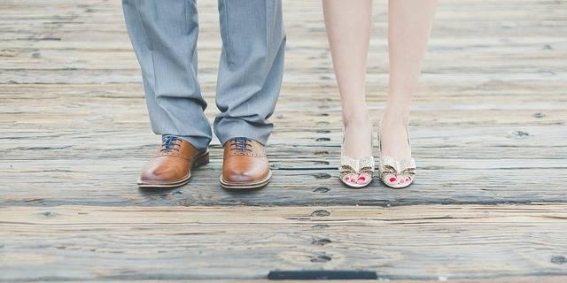 Free photo: Feet, Man, Woman, Shoes, Footwear - Free Image on Pixabay - 984260 (5031)
