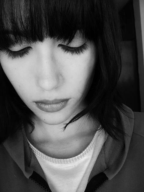 Free photo: Sad, Woman, Sorrow, Sadness, Young - Free Image on Pixabay - 468923 (5464)