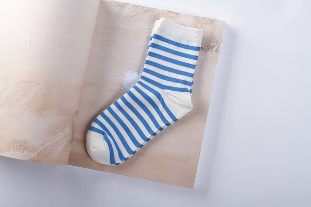 Free photo: Datang, Sock, Black, Stripes, Woman - Free Image on Pixabay - 1495918 (6353)