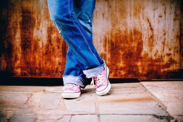 Free photo: Feet, Legs, Standing, Waiting - Free Image on Pixabay - 349687 (6432)