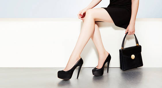 Beautiful legs with black h...