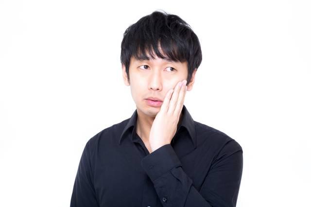 視線を外し虫歯ポーズでキメるセミプロモデル|フリー写真素材・無料ダウンロード-ぱくたそ (1346)