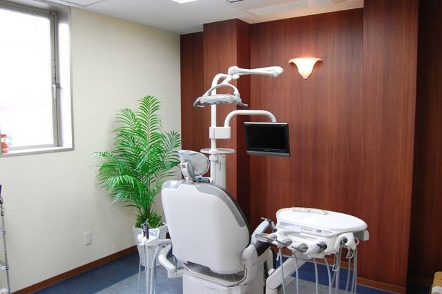 歯医者・歯科クリニックの治療室 | フリー素材ドットコム (2232)