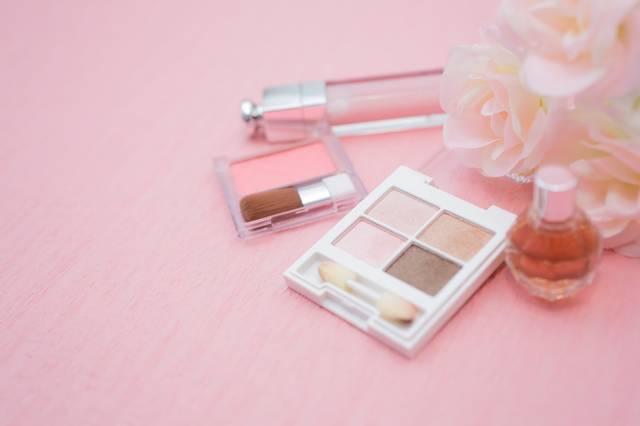 化粧品|フリー写真素材・無料ダウンロード-ぱくたそ (5754)