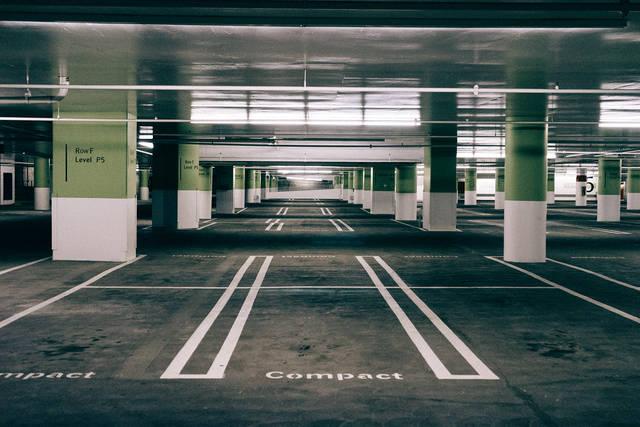 Free image of parking garage, parking spaces, pavement - StockSnap.io (11301)
