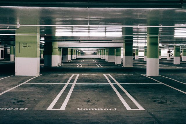 Free image of parking garage, parking spaces, pavement - StockSnap.io (11301)