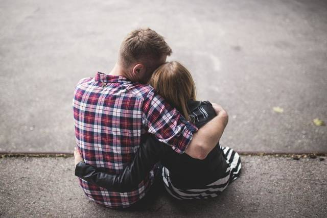 Free image of couple, hugging, love - StockSnap.io (11306)