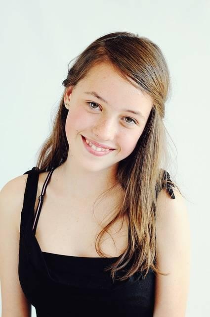 無料の写真: 10 代, 娘, 幸せ, にこやか, 肖像画, 女の子 - Pixabayの無料画像 - 775053 (11384)