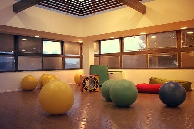 無料の写真: ジンボリー, ホール, ボール, 大きな, 光, 空, ルーム - Pixabayの無料画像 - 2079886 (11404)