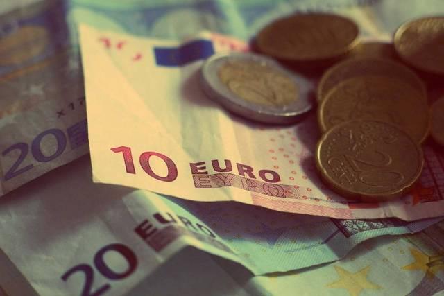 Free image of money, euros, banknotes - StockSnap.io (11529)