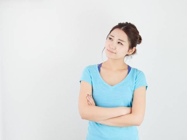 悩み事や心配がある女性のイメージ|写真素材なら「写真AC」無料(フリー)ダウンロードOK (11539)