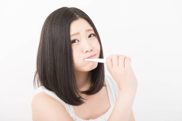 歯みがき女子2|写真素材なら「写真AC」無料(フリー)ダウンロードOK (11584)
