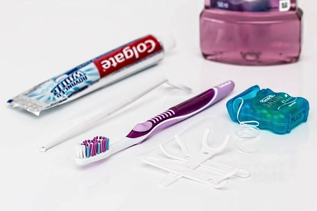 Free photo: Dental, Toothpaste, Toothbrush - Free Image on Pixabay - 842314 (722)