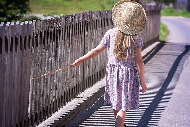 Free photo: Person, Human, Child, Girl, Dress - Free Image on Pixabay - 916181 (2026)