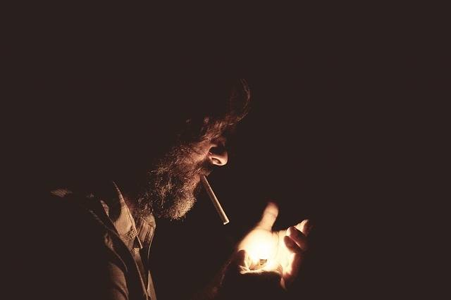 Free photo: Smoking, Lighter, Dark, Cigarette - Free Image on Pixabay - 918884 (5634)