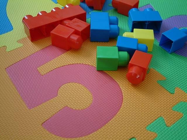 Free photo: Toys, Kids, Pieces, 5, Five, Blocks - Free Image on Pixabay - 308176 (9484)