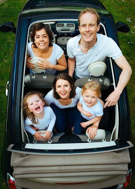 Free photo: Family, People, Car, Looking - Free Image on Pixabay - 932245 (10296)