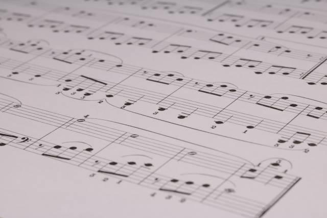 ポルノ新藤晴一、関ジャニ∞の新曲歌詞を語る「アーティストパワーがあれば、詞なんて…」