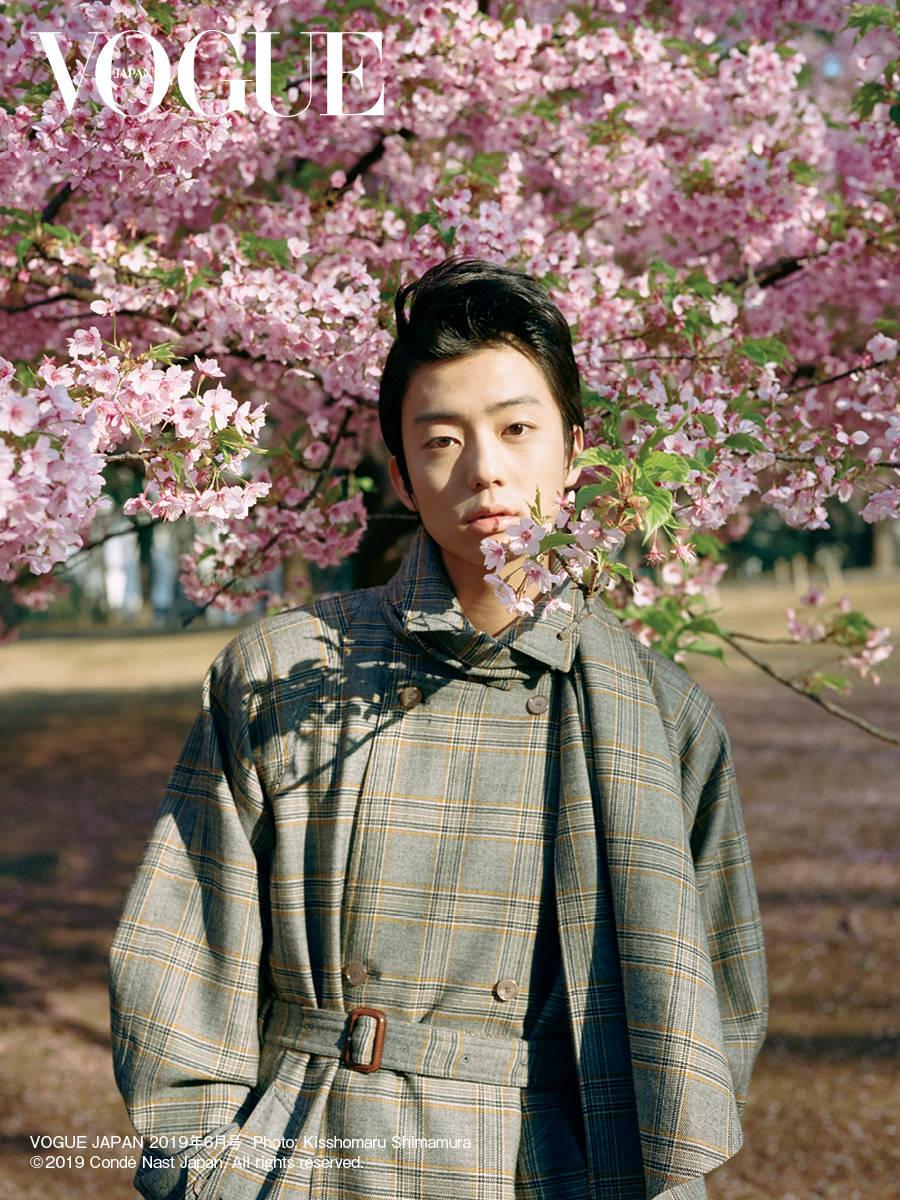 今注目の若手俳優・伊藤健太郎、北村匠海、中川大志、磯村勇斗、岡田健史が『VOGUE JAPAN』に登場