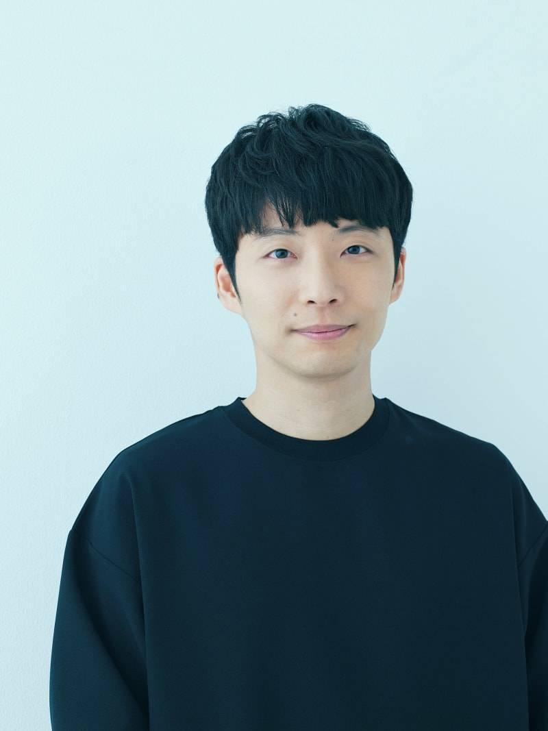 星野源、文庫版『よみがえる変態』9月3日発売決定!文春文庫3作品の累計100万部突破