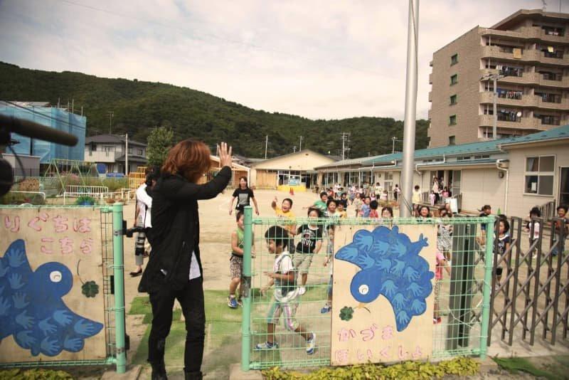 YOSHIKIが東日本大震災に対して義援金1,000万円を寄付 コロナウィルス対策にも支援表明